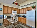 Majestic Sun 704B - Kitchen with Granite Counter Tops