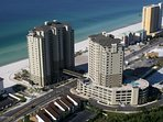 Grand Panama resort with heated pool on roof