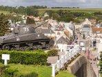 colonel job tank up the village of arromanches