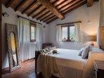 En suite Air Conditioned Queen Bedroom