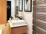 Bathroom-Quantum of Solace Suite