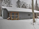 For the ultimate Minnesota getaway, book this cozy vacation rental cabin!