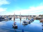 Torquay harbour with its continental feel is just a five minute drive or bus ride from the apartment