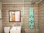 Chambre Tango salle de douche privative (non accessible PMR)