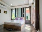 L villa Bedroom