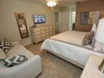 Upstairs King Master Bedroom w/En-Suite Bath & Flat Screen TV w/Cable - View #2