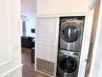 Staying a while? You'll want to do laundry in this high-end full-sized washer and steam dryer.