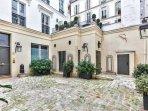 Beautiful 'XVII century hotel particulier' ....