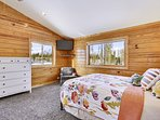Master Suite, with wall mounted DIrect Tv, NFL Sunday Ticket included.