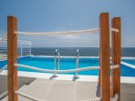 Private Pool with direct sea views