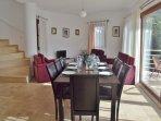 Ground floor dining area/lounge