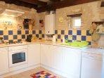 Sunflower Lodge kitchen