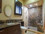 Second master suite bathroom