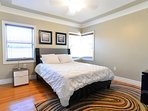 Fourth bedroom with queen bed (Shared bathroom)
