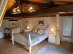 Wishing Well bedroom two with kingsize bed and single