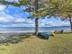 Embark on a lake retreat at this 3-bed, 1.5-bath vacation rental in St. Ignace!
