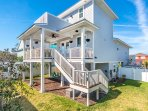 B's Beach House- charming and perfect for you!!!