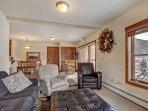 Living Room - Updated furnishings.