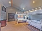 Level 3 (Entry Level) - Bunk Room with Twin over Full and Twin over Twin Bunk Beds with a Gas Fireplace and Private Bath