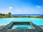 Private Spa featuring Coastline views!