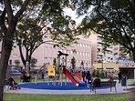 Jardines de Viveros: uno de los numerosos parques infantiles.