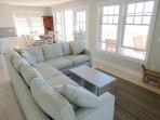 I nuovi mobili offrono molti posti a sedere