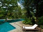 Oceans Edge - Pool sun lounger