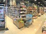 Inside Hankyu (阪急) Oasis super market