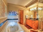 The Valley bath offers both a walk-in shower and a jetted tub.
