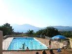 Piscine gratuite dans la résidence 4 mm à pied, une deuxième piscine plus petite est juste à côté..