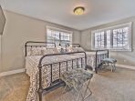 Lower Level Bedroom 3 with Two Full-Size Beds, Smart TV, Shared Jack-n-Jill Bath and Old Town Views