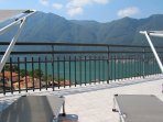 Perfect place to relax and enjoy the amazing lake and mountain view.