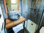 Salle de bain - Rez de chaussée