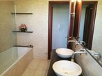 1st Floor Bathroom of VillaBayViewCrete