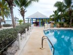 the pool and honesty bar at the Cays