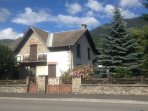Cosi flat in a traditionnal village house with all amenities in walking distance