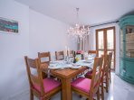Separate dining room for 8