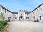 9 bedroom Villa in Sermizelles, Bourgogne-Franche-Comté, France : ref 5082784