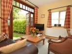 Sitting room - Wi-fi, Freeview TV, Radio/CD player and DVD player.