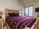 2nd bedroom with Queen Bed & flat screen TV