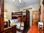 lakedream_bunks2_(1_of_1).jpg