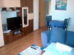 A4(2+3): living room