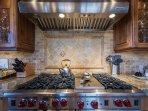 PJ_Nora_-_1455431_Kitchen_high