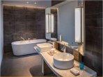 Nikki Beach Resort & Spa Bathroom With Tub