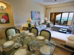 The Royal Islander Dining And Living