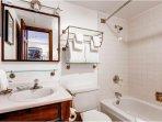 Vail Run Resort Bathroom