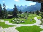Grande Rockies Resort Exterior
