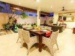 aroha-boutique-villas-seminyak-high-resolution-08_L-bada903d-026d-4bbf-*********adadf375.jpg