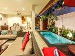 aroha-boutique-villas-seminyak-high-resolution-09_L-b0f43883-b3fc-4a5b-a474-f3934db27a13.jpg