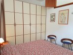 stanza letto ponente